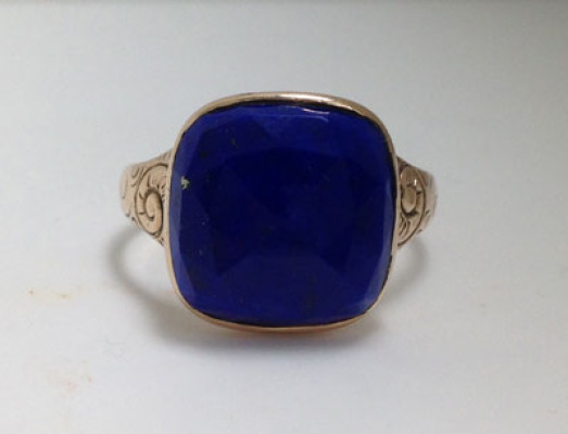 Finest Lapis gold ring